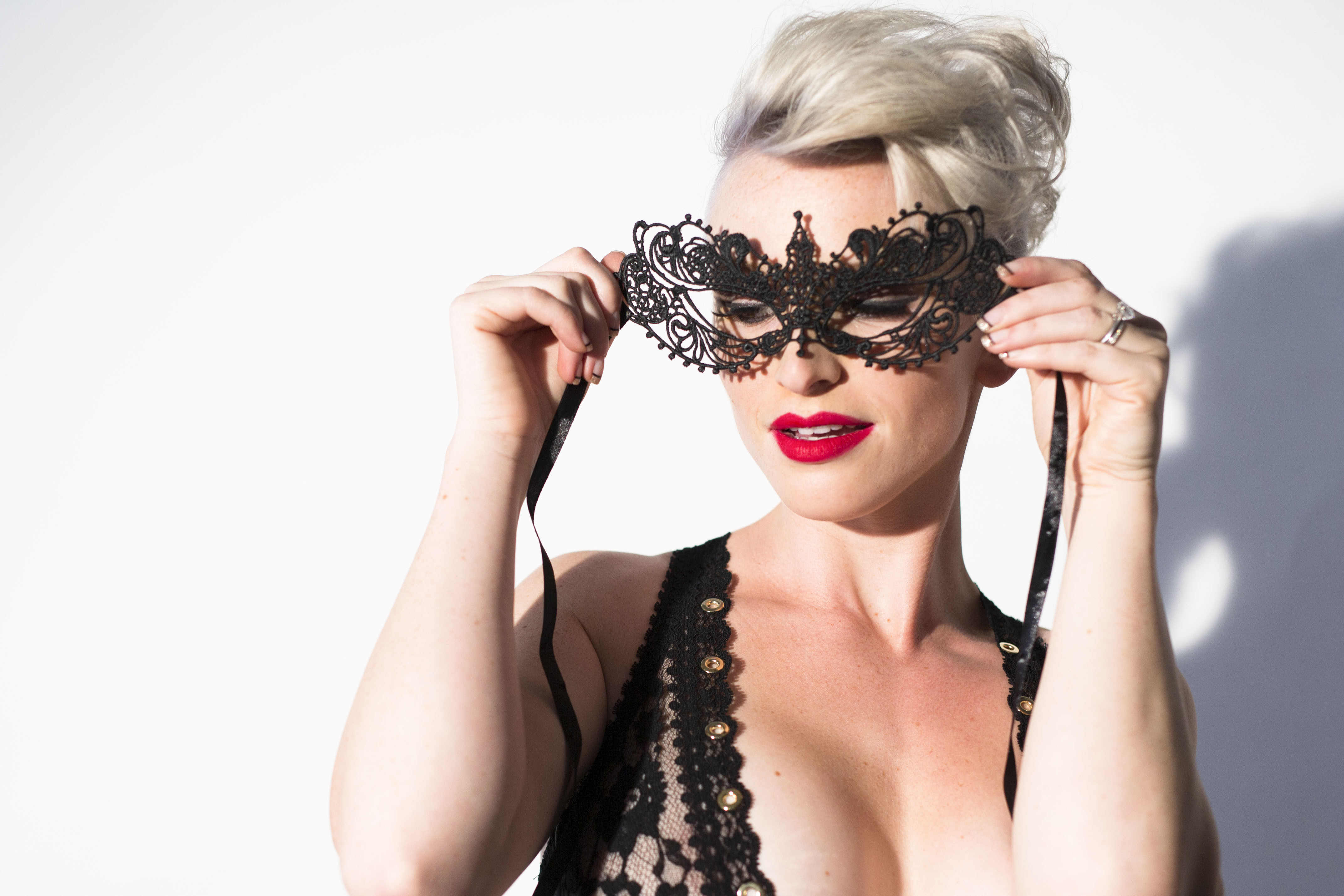 Boudoir Tip of the Week: Fun with Props